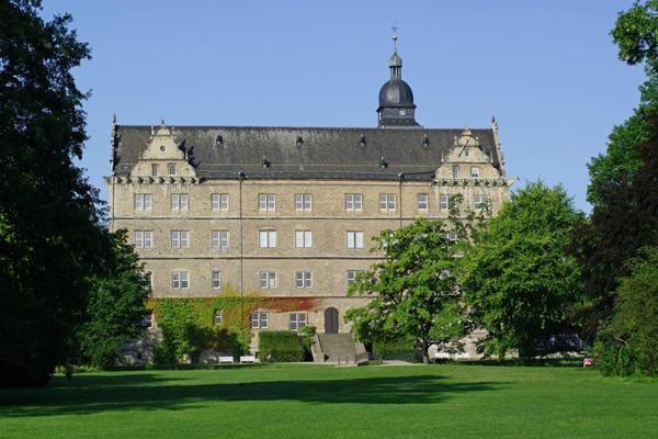 Sehenswürdigkeit Schloss Hotel Neue Stuben Wolfsburg